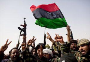 Les enjeux sécuritaires et internationaux de la reconstruction de l'État libyen post-Kadhafi