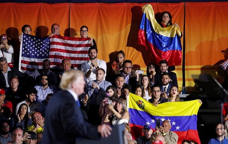 Venezuela : le pays aux deux présidents, placé au cœur de la politique étrangère américaine