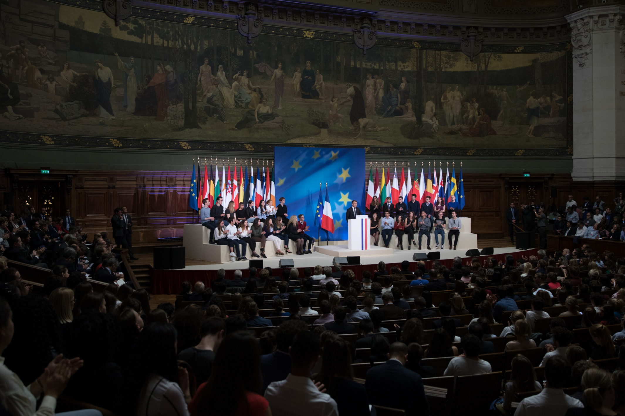 L'Initiative européenne d'intervention réduit-elle les espoirs d'une défense européenne commune ?